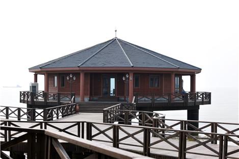 秦皇岛野生训练营木结构公共建筑案例